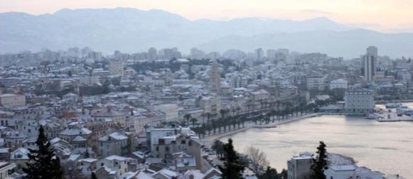 KOLUMNA Kako je ciklona Valentina donijela snijeg Dalmaciji