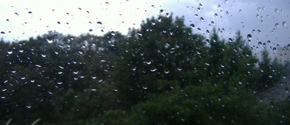 Ciklona Radojka:  Na riječkom području već pala obilnija kiša, snijeg u Alpama, nevrijeme na sjeveru Italije