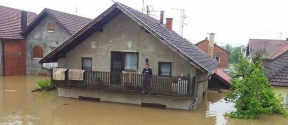 Evakuacija 10 tisuća ljudi kod Bjeljine, u Doboju 20 mrtvih!