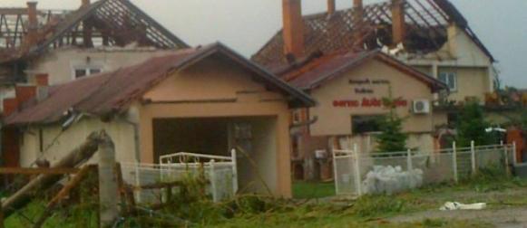 Tornado teško oštetio selo Šopić u Srbiji (FOTO)
