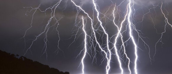 Fotografije dubrovačkih munja prenijeli CNN i brojni svjetski mediji