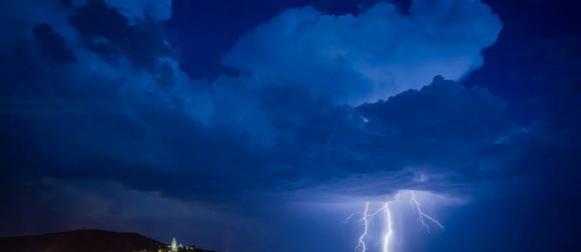 Noć ljetnih nevera u Dalmaciji (FOTO)