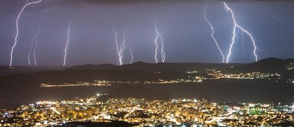 Ovogodišnji svibanj u Splitu prekinuo niz od 16 uzastopnih mjeseci toplijih od prosjeka!