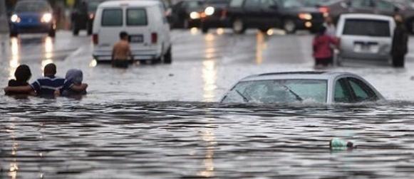 Poplavljen Detroit: U nekoliko sati pala dvomjesečna količina kiše
