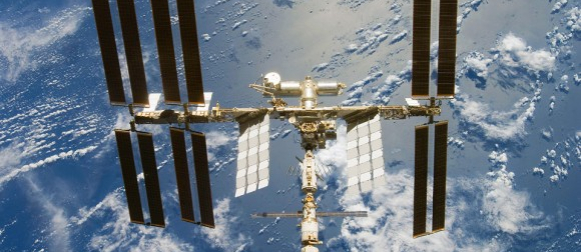Ovih večeri svemirski brodovi plove našim nebom