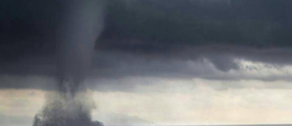 Snažne pijavica pogodile Genovu, u zaleđu 300 mm kiše (FOTO, VIDEO)