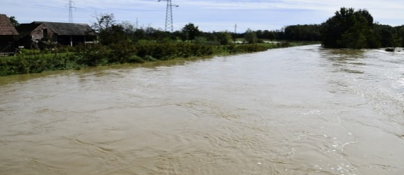 Poplave diljem zemlje – angažirano 700 vojnika