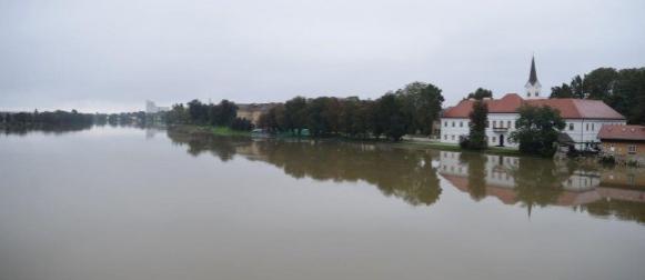 Podravina i Pokuplje zasad se uspješno bore s vodom