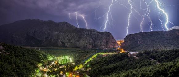 """U utorak navečer u Omišu Crometeo predavanje i izložba fotografija """"Meteorološki kontrasti IV"""""""