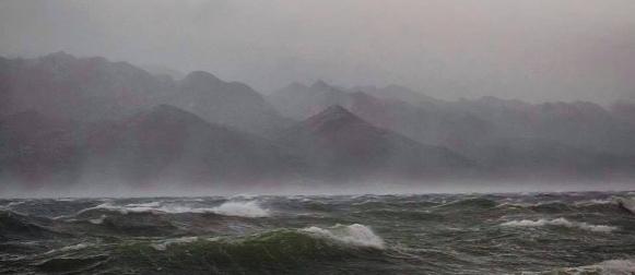 Orkanska bura na Jadranu: Udari do 166 km/h