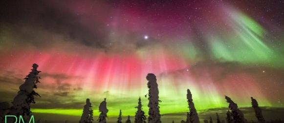 Prekrasni prizori polarne svjetlosti od Aljaske do Europe (FOTO)