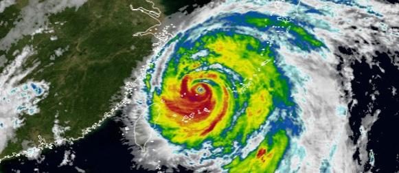 Šangaju se približava snažan tajfun Chan-hom