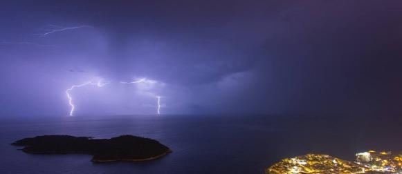 U Dubrovniku i Hvaru tijekom nedjelje palo više kiše od mjesečnog prosjeka