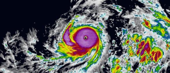 Soudelor: Supertajfun pete kategorije jača nad Pacifikom