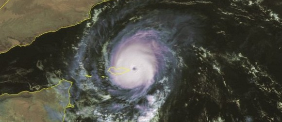 Otok Socotra drugi puta u osam dana na udaru snažnog tropskog ciklona (Video)