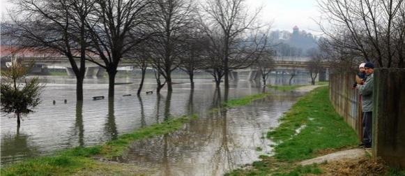 U Lici proglašene redovne mjere obrane od poplava