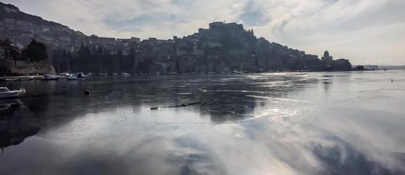 Zaledilo se more u Šibeniku: Temperatura mora u Martinskoj 1 stupanj!