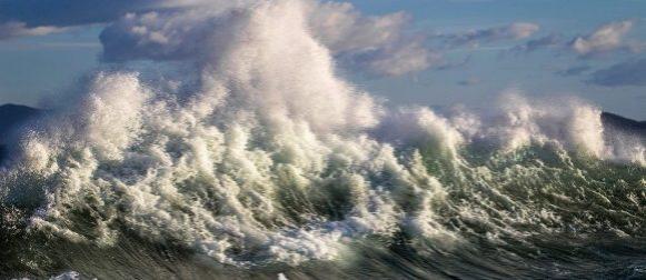 Tijekom nevremena na moru tri osobe spašene od utapanja