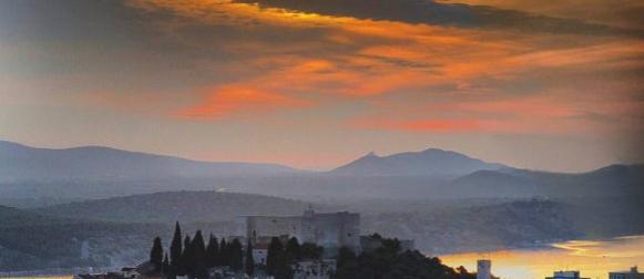 Apsolutni temperaturni rekordi: Makarska 39.7°C, Šibenik 39.3°C