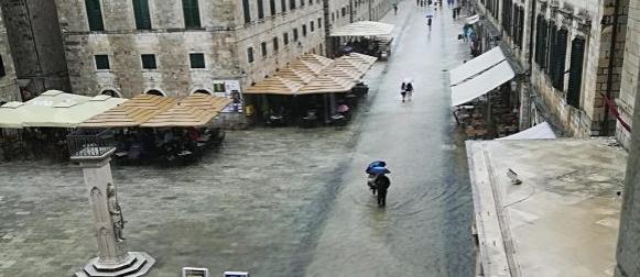 Obilna kiša u Dubrovniku