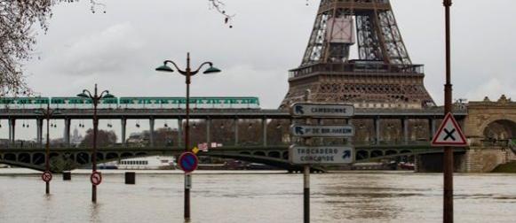Pariz se sprema za poplavu