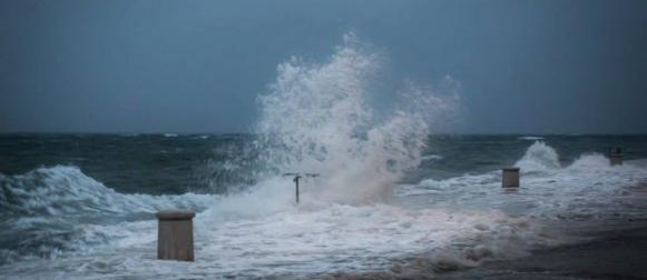 Olujno i orkansko jugo; Oborinski rekord u Delnicama