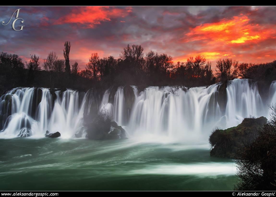 vodopad Kravice na rijeci Trebižat.jpg